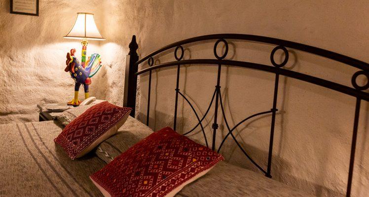room-8-422